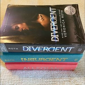 Books- Divergent Trilogy